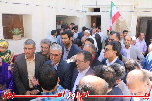Image result for بازدید استاندار به رستوران سنتی عزیزیان